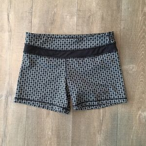 Lululemon tight and stretchy workout shorts size 8